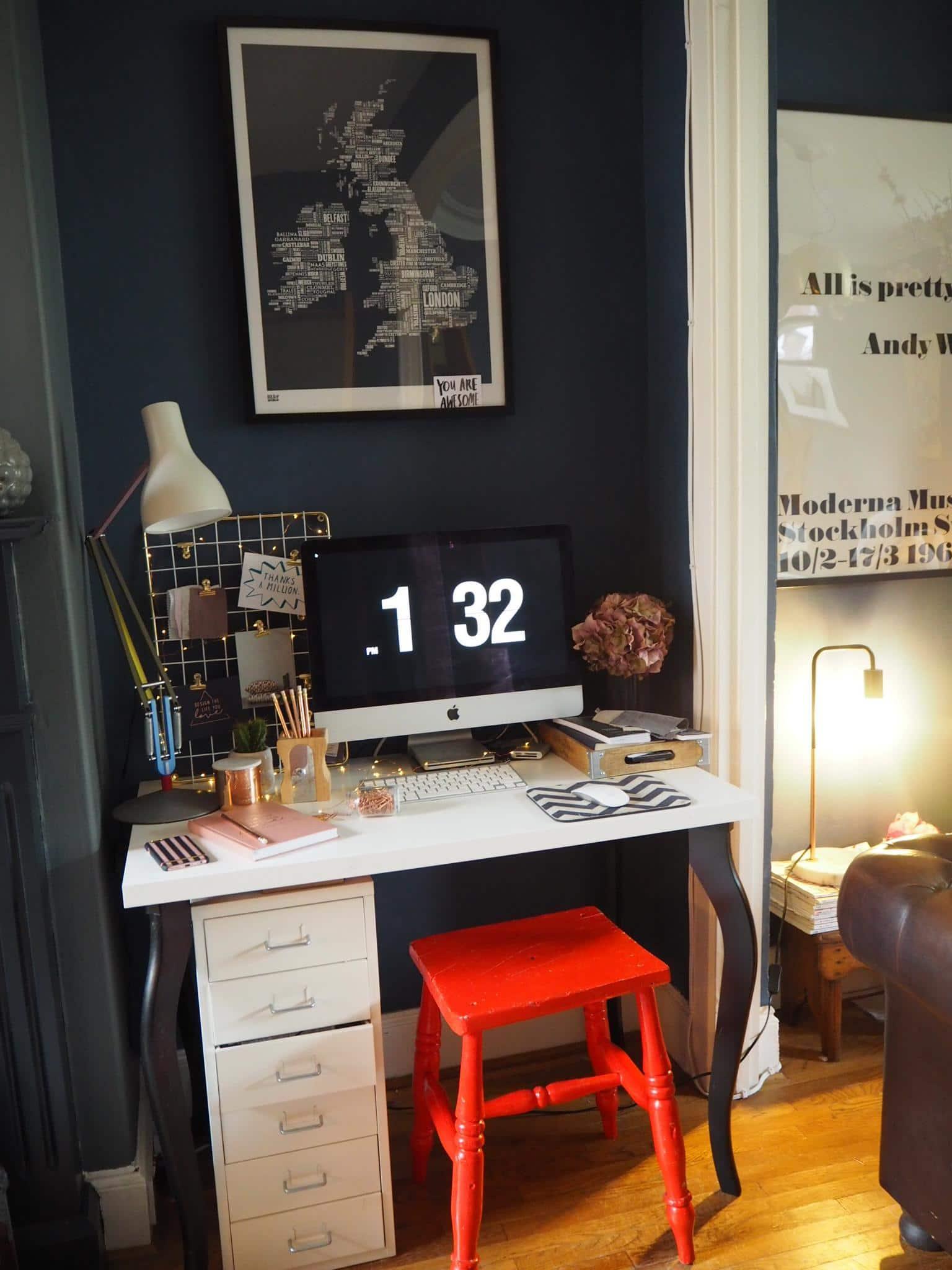 Kerry Lockwood - In Detail. Home office