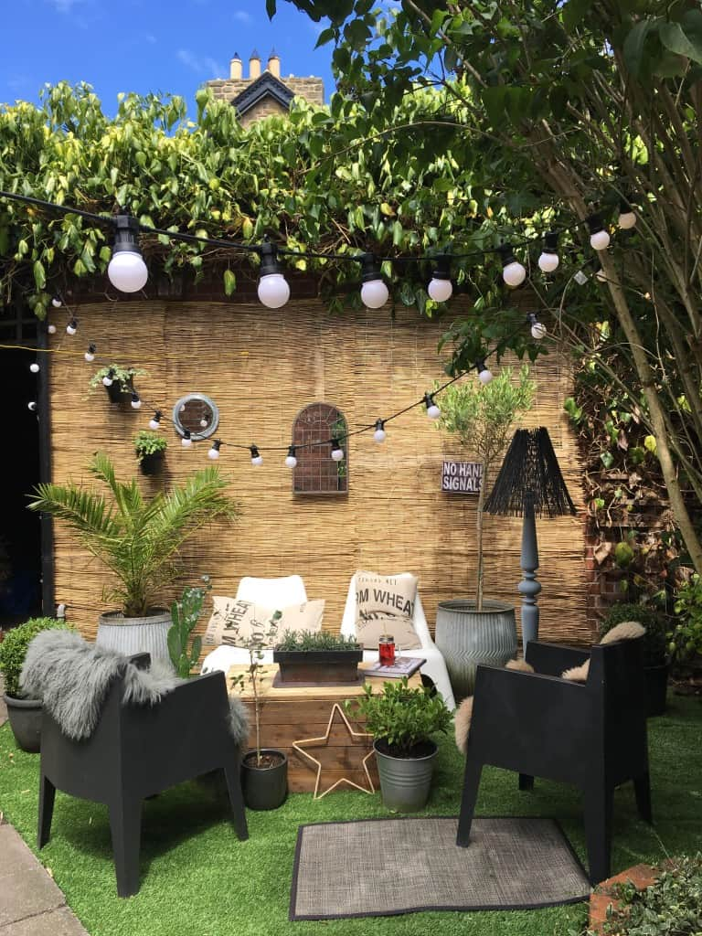 Small garden makeover kerry lockwood in detail for Garden makeover