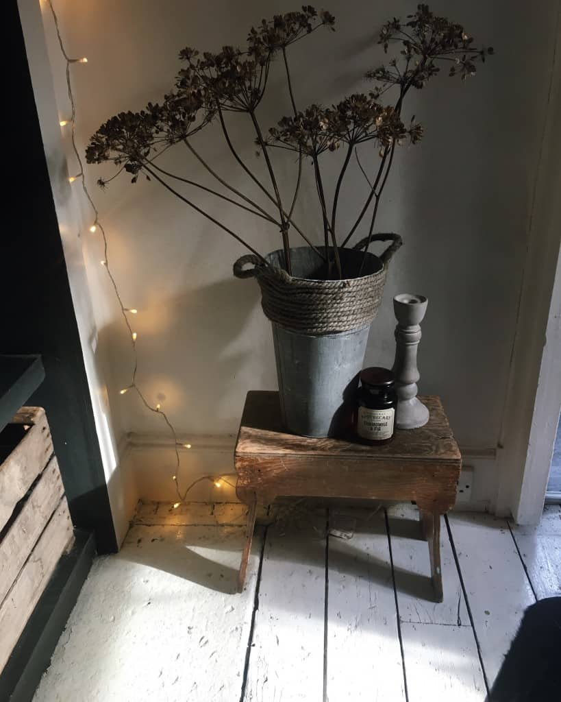 how to create modern rustic interiors