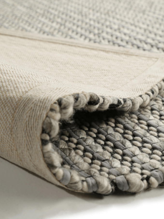 Choosing the perfect rug, Benuta pune wool rug