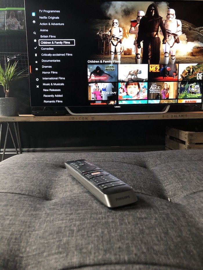 Revamp Restyle Reveal, teenage boys bedroom, philips tv, old, 55 inch, ambilight