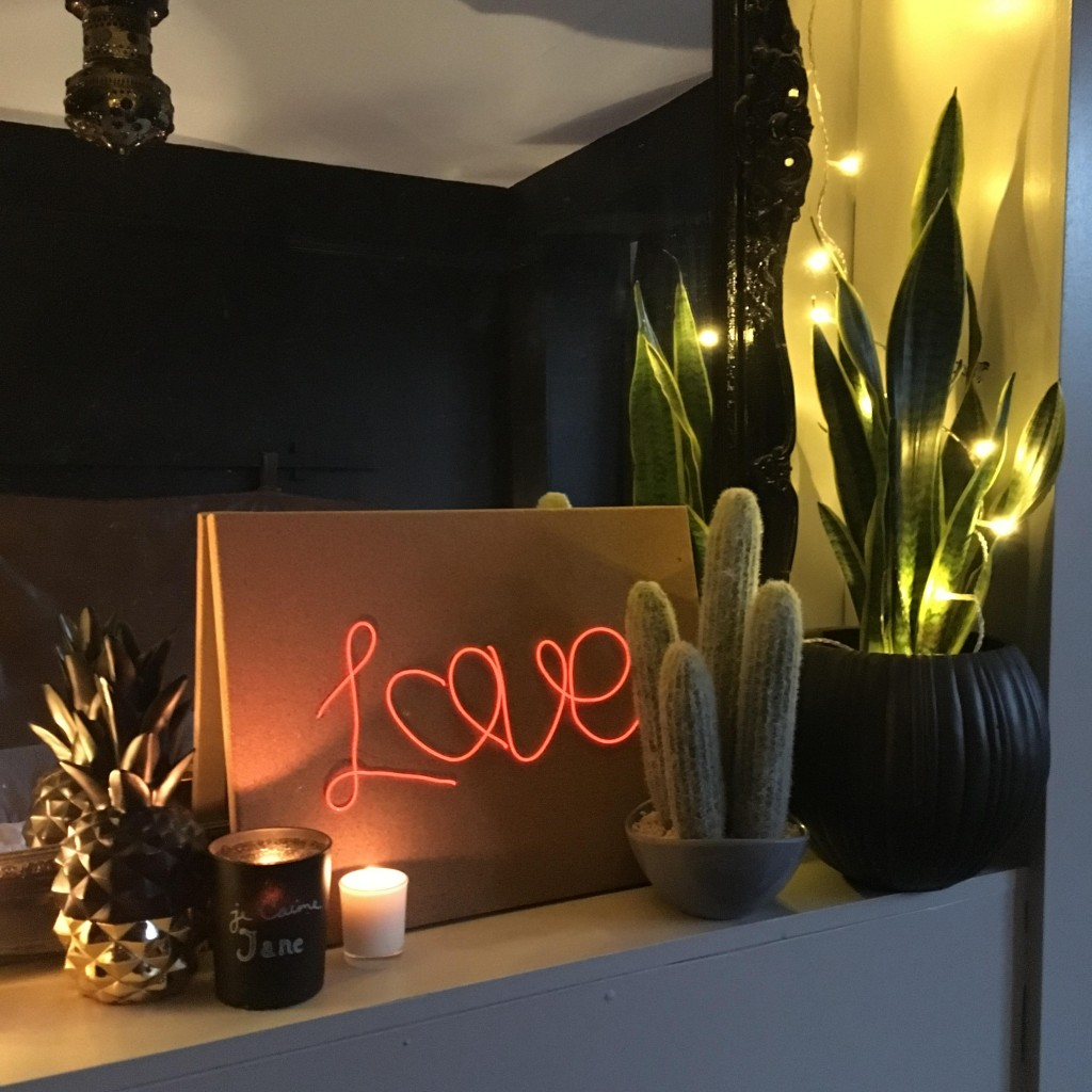 Valentines love neon sign