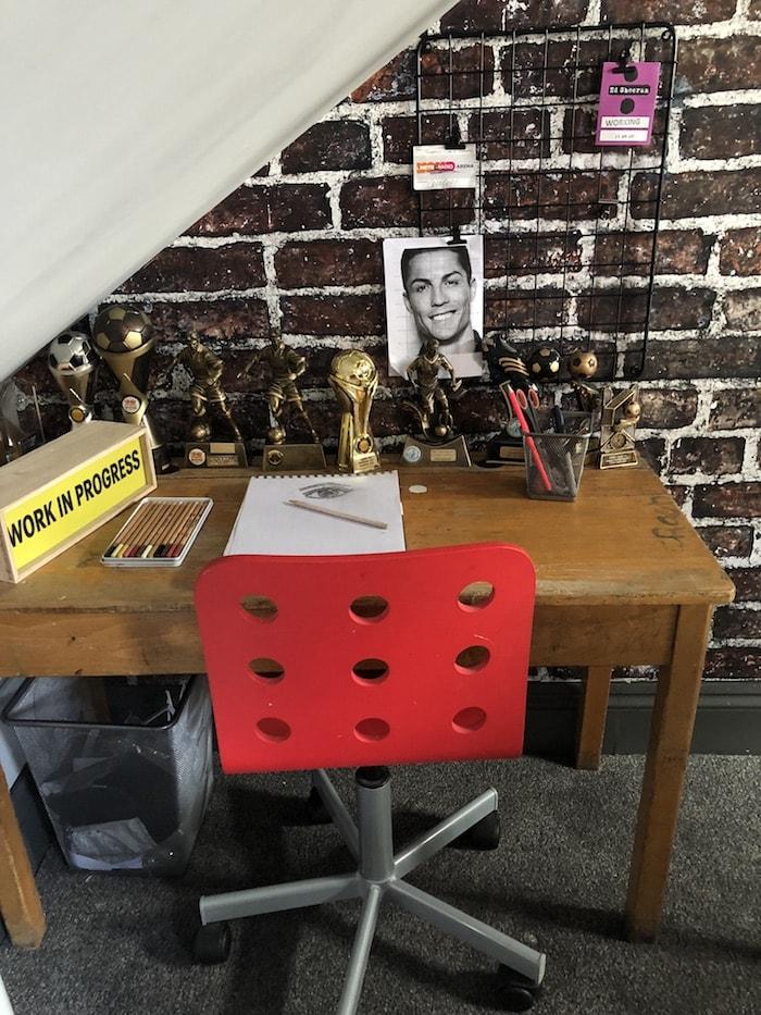 Revamp Restyle Reveal, teenage boys bedroom, old vintage school desk