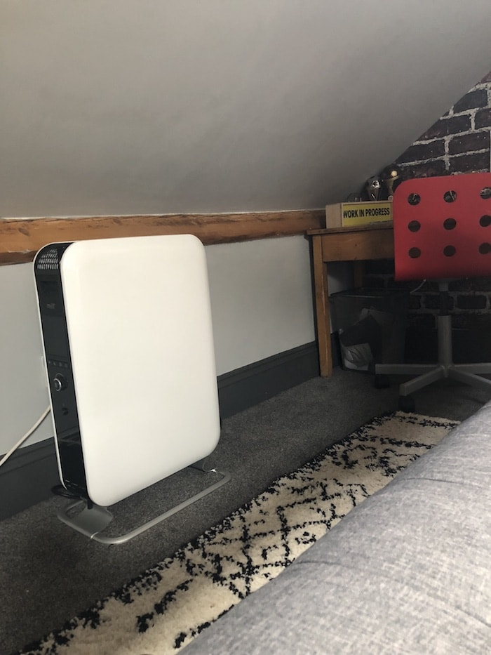 Revamp Restyle reveal teenage boys bedroom, soak.com radiator