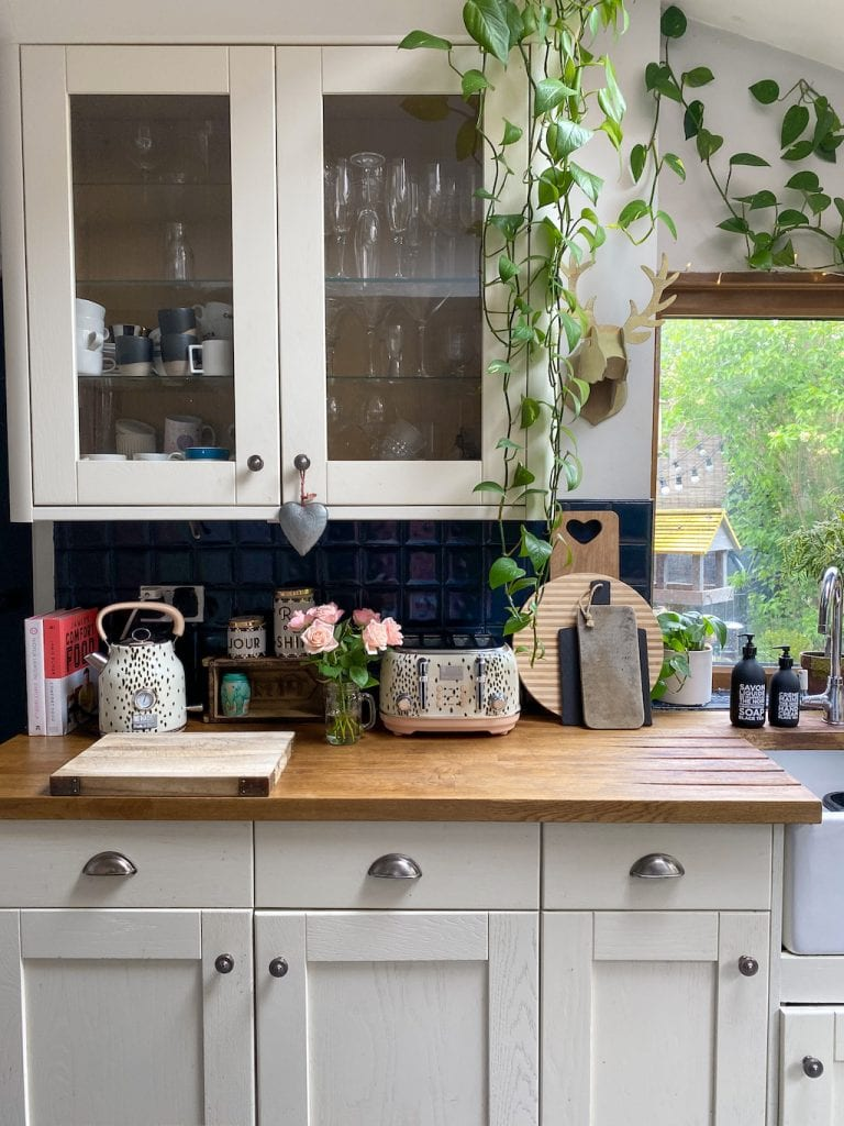 Removing Black Water Marks And Stains From Wooden Kitchen Worktops Kerry Lockwood In Detail
